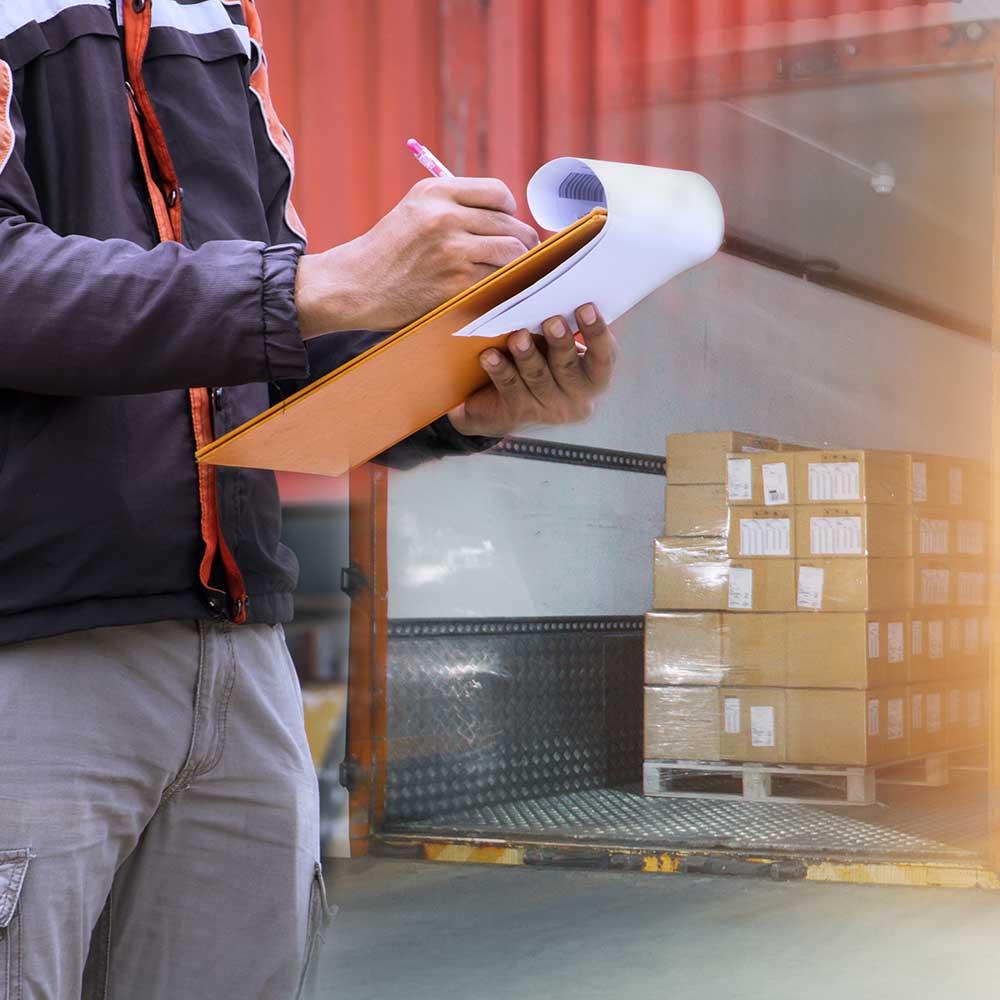 distribúcia a logistika